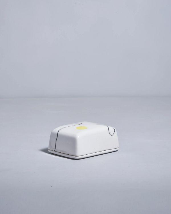 Alojamento Butterdose weiss mit Bemalung