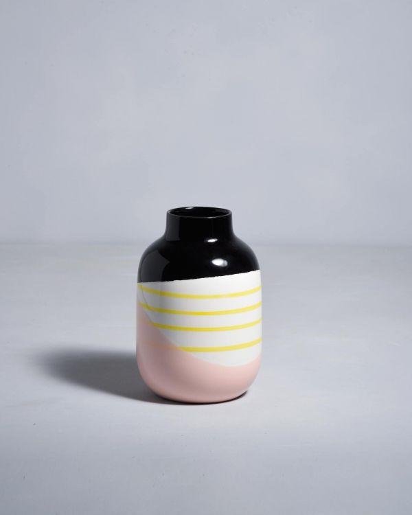 NUNO - black rose yellow striped