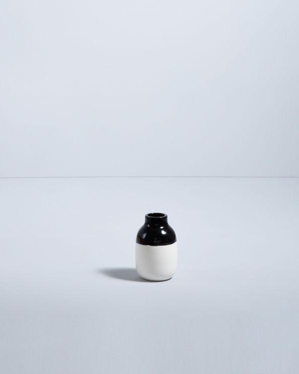 Nuno S schwarz weiß