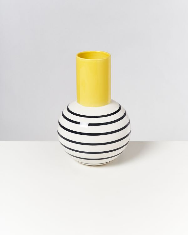 Bola L - yellow black striped 2