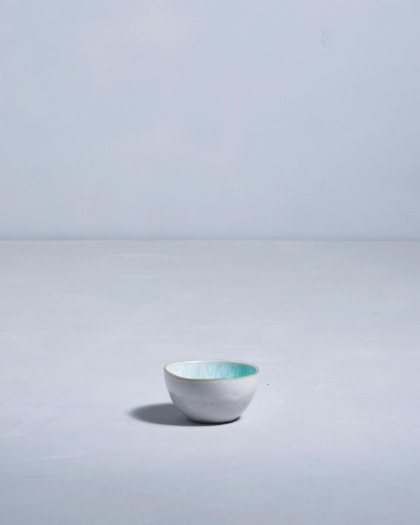 AREIA - Saucebowl azure with golden rim 2