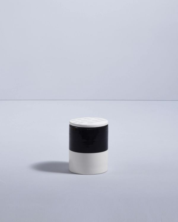 Vela Kerze schwarz weiß 2